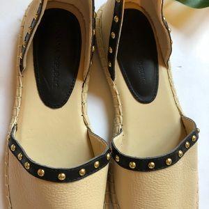 Banana Republic Shoes - Banana Republic Black & Tan Espadrille Flat Sandal